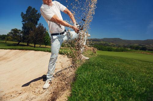 Golfer Abschlag - Belastung des Rückens
